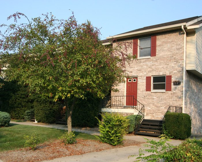 Bloomington rental properties elkins apartments - 4 bedroom apartments bloomington in ...