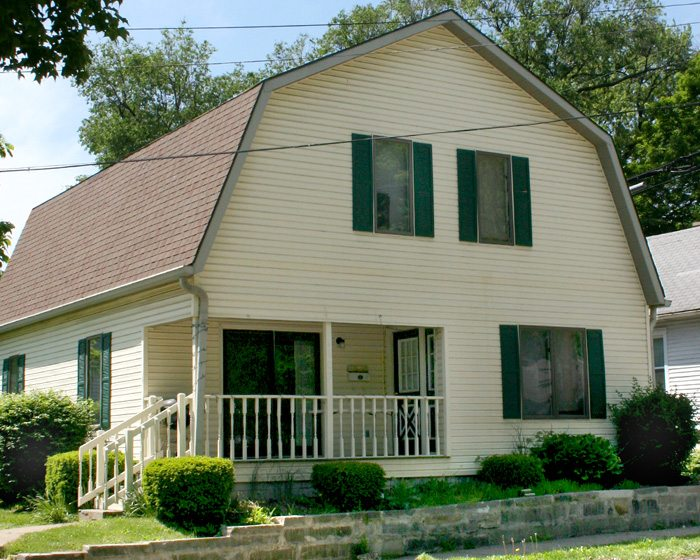 Front image of 5 BR house for rent between campus and stadium: 1107 N. Indiana