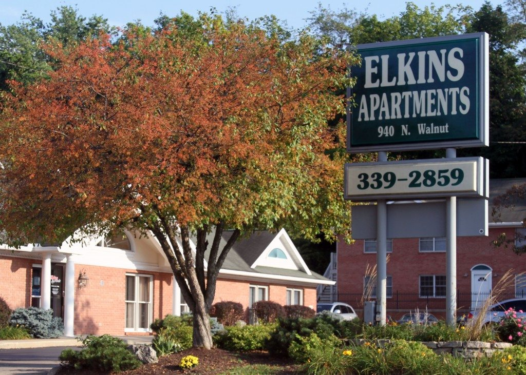 Image of Elkins Apartments office