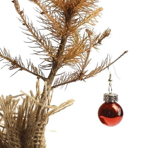 2 Great Ways To Dispose Of Your Christmas Tree In